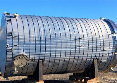 Carbon steel tank horizontally installed